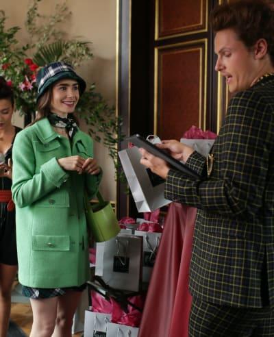 A Social Influencer? - Emily in Paris Season 1 Episode 5