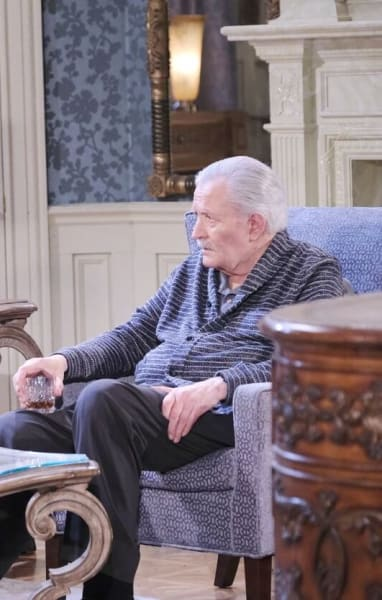 Victor Fires Xander/Tall - Days of Our Lives