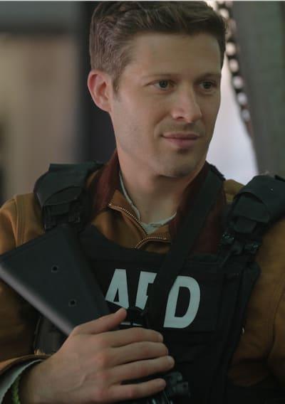 Walker suits up - LA's Finest Season 1 Episode 4