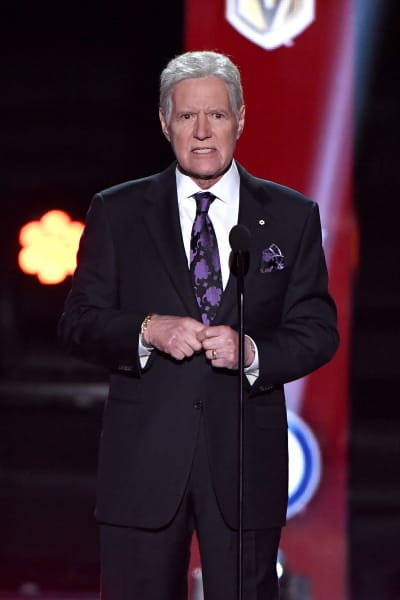 Alex Trebek Accepts Award