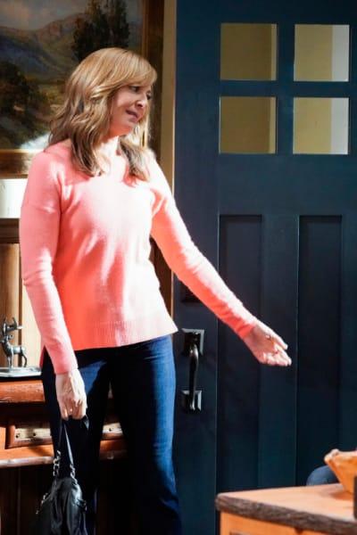 Bonnie Near the Door  - Mom Season 7 Episode 1