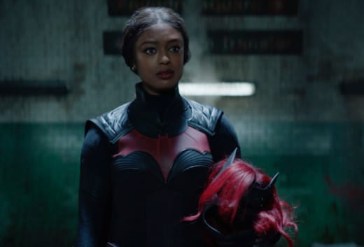 A New Protector of Gotham - Wide - Batwoman Season 2 Episode 1