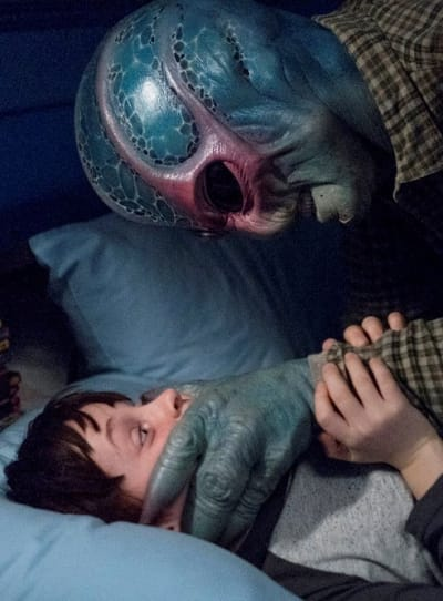 Death to Max - Resident Alien Season 1 Episode 1