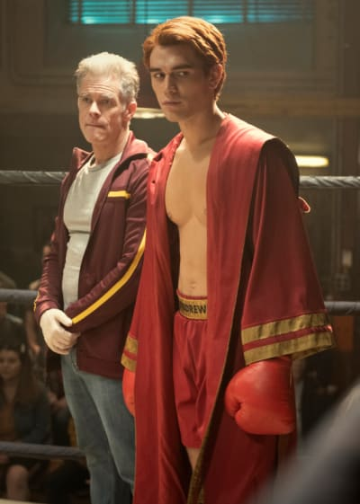 In The Ring - Riverdale Season 5 Episode 1