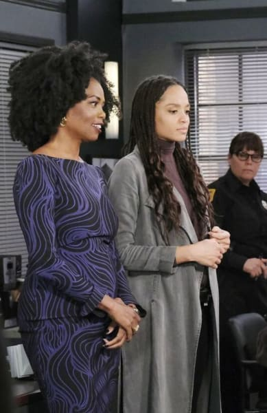 Recognizing the Kidnapper/Tall - Days of Our Lives