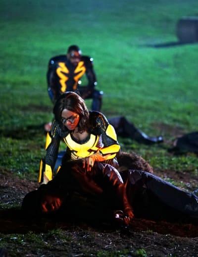 Victims of War - Black Lightning Season 3 Episode 16