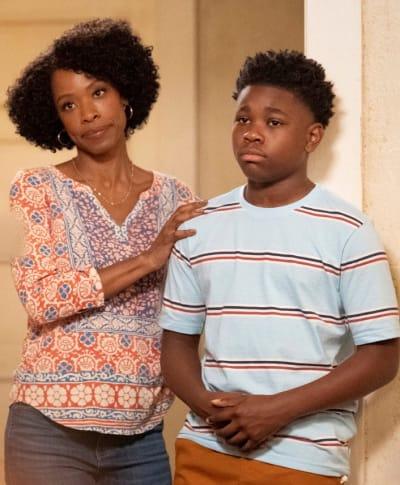 Supportive Family - All American Season 3 Episode 4