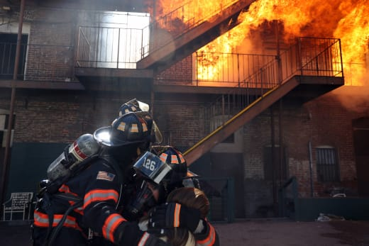 A Deadly Fire - 9-1-1: Lone Star