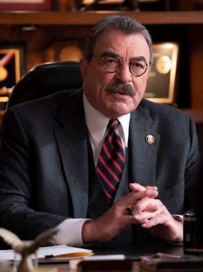 A Standoff Over Press Rights - Blue Bloods Season 11 Episode 8