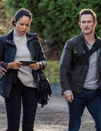 Compiling Information - Debris Season 1 Episode 4