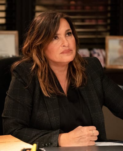Getting Closure/Tall - Law & Order: SVU Season 22 Episode 8