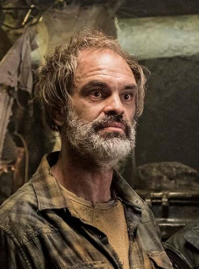 Pike In The Tail - Snowpiercer Season 1 Episode 1