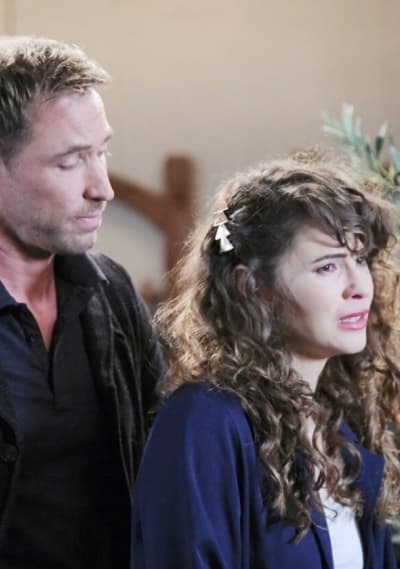 Sarah Opens Up/Tall - Days of Our Lives