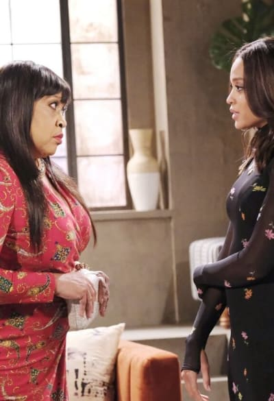 Paulina Turns to Lani/Tall - Days of Our Lives