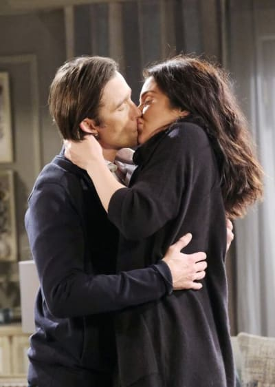 Philip and Chloe Hook Up/Tall - Days of Our Lives