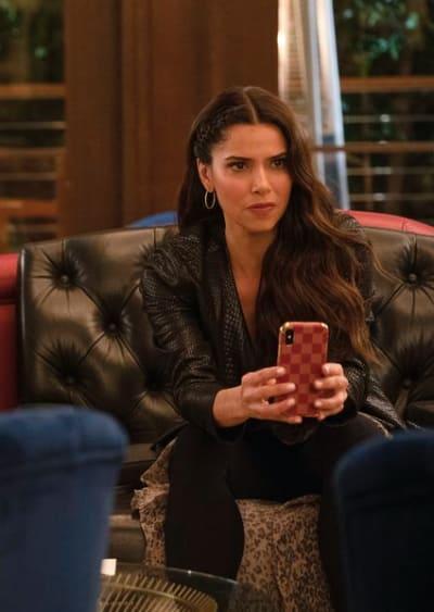 Roselyn Sanchez Guest Stars - The Rookie Season 2 Episode 16