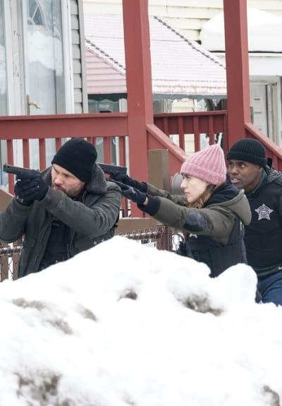 The Search - Chicago PD Season 8 Episode 10