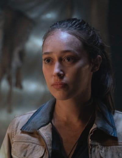 Alicia Stands  - Fear the Walking Dead Season 6 Episode 7