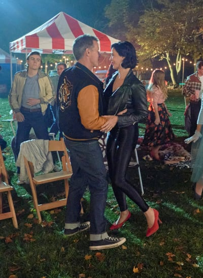 Homecoming King and Queen - Good Witch Season 7 Episode 2