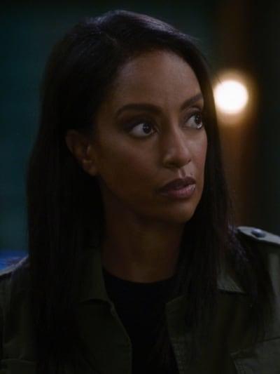 Kelly - Supergirl Season 6 Episode 7