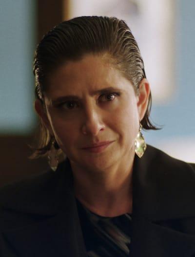 Oksana Has a Problem - Queen of the South Season 5 Episode 5