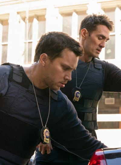Setting a Trap - Law & Order: Organized Crime Season 1 Episode 7