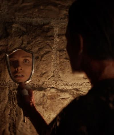The Face in the Mirror - Batwoman Season 2 Episode 14