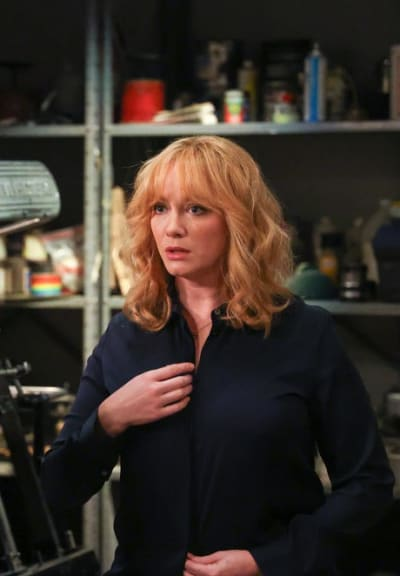Worried Beth - Good Girls Season 4 Episode 5