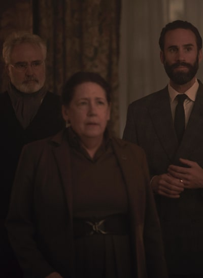 Aunt Lydia Is Doing Her Job - The Handmaid's Tale Season 3 Episode 10