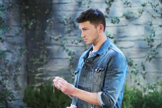 Ben Searches Frantically - Days of Our Lives