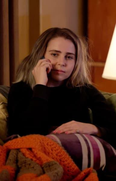 Annie Calls - Good Girls Season 4 Episode 12