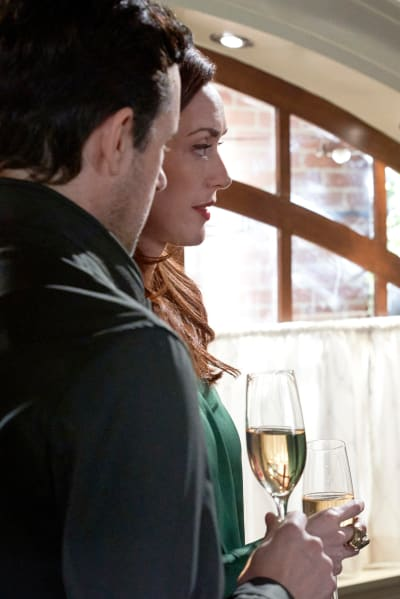 Caught Without Escape - Good Witch Season 7 Episode 8