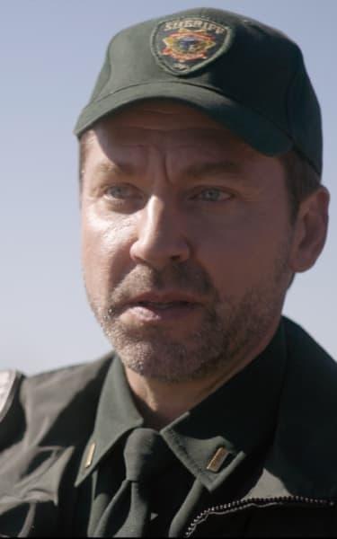 Frank Gets Blindsided - Home Before Dark Season 2 Episode 4