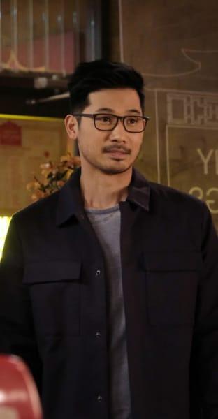 Ryan introduing Joe to his parents - Kung Fu Season 1 Episode 10